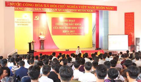 Trường Cao đẳng Giao thông vận tải Trung ương V hân hoan chào đón tân học sinh, sinh viên đến nhập học